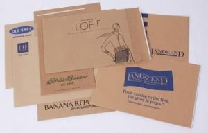 Mẫu in bao thư lớn giá rẻ bằng chất liệu giấy tái chế.